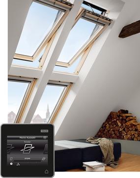 VELUX Schwing-Fenster Holz GGL PK10 306621 94x160 cm Kiefer Endlackierung Energy Plus Elektrofenster Integra Aluminium