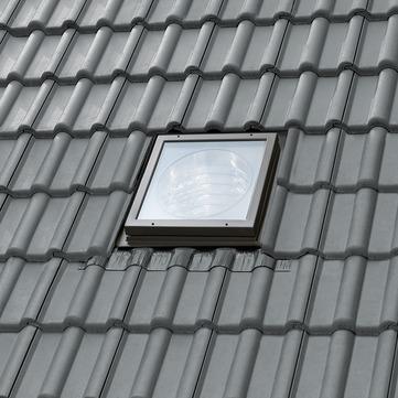 VELUX Tageslicht-Spot TWR 0K14 SD0W1 Tageslicht Spot profilierte Eindeckung inkl. Anschlussschürze BFX Starres Rohr