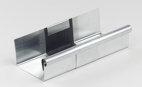 Raku 8-teilige Rinnendila Kasten 0,70 mm 26 cm einseitig vulkanisiert Titanzink