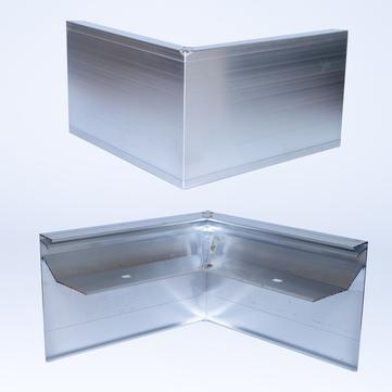ALURAL Dachrand NB 150 Außenecke 90 Grad, 250x250 mm Aluminium
