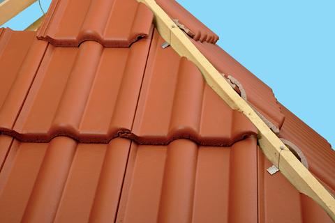 Braas Kehl-/Gratklammer 50 Stück je Beutel Befestigung von geschnittenen Dachpfannen Edelstahl DIN 1.4301